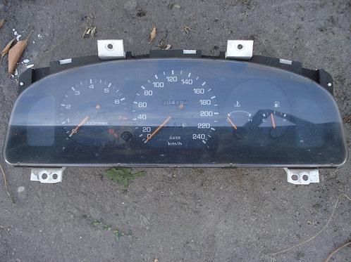 Щиток приборов GA5R55430A панель приборов Mazda 626 GE 1,8-2 л