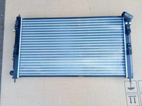 Радиатор охлаждения Митсубиси Лансер 10   1350A297