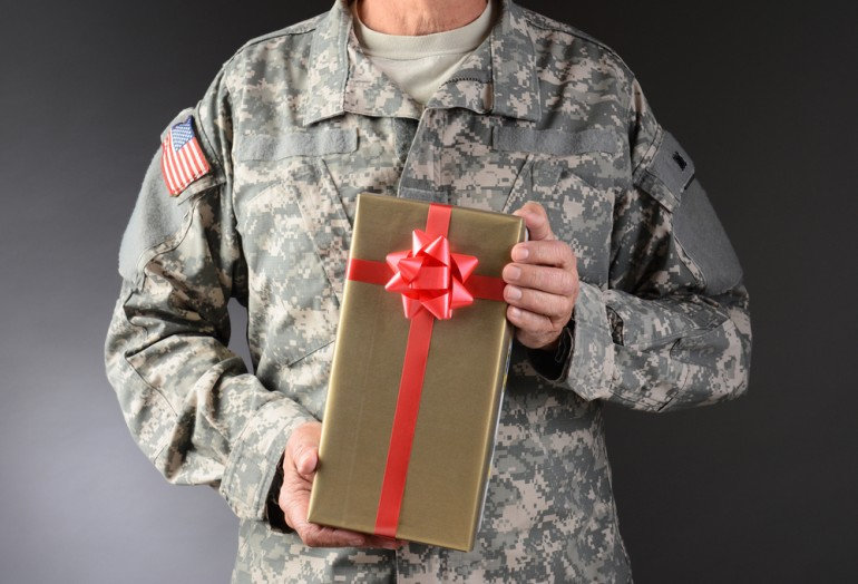 christmas-messages-soldiers.jpg
