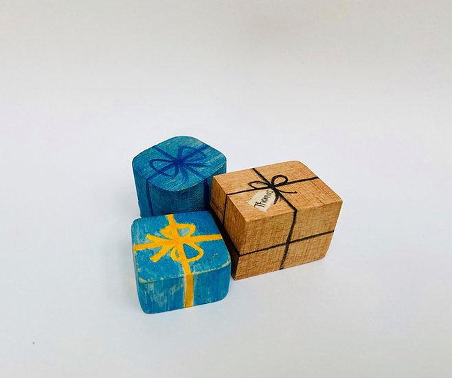 Presents (set of 3-customised)