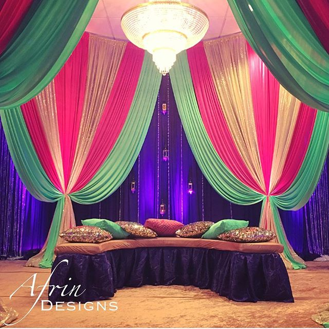 Here is a close up of the Mehndi stage I posted last night