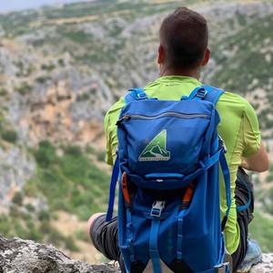 Io e il mio zaino escursione trekking.jp