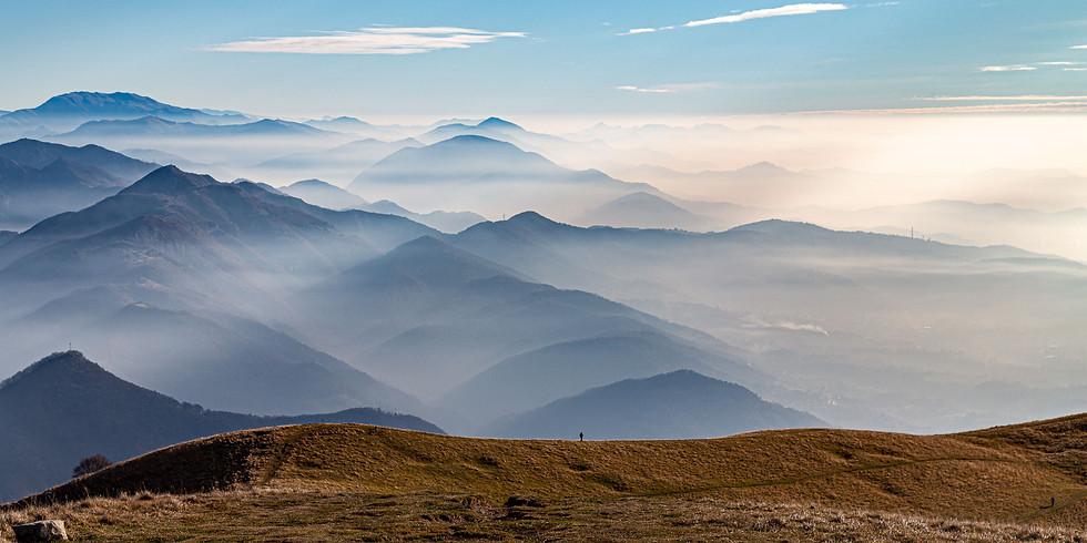 Anello del Monte Linzone tra panorami e borghi