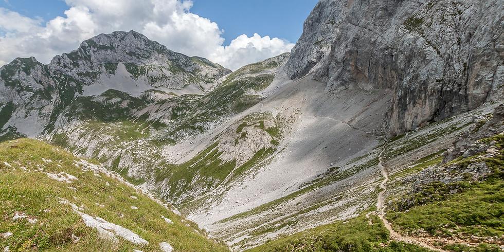 Escursione in Arera sul Sentiero dei Fiori