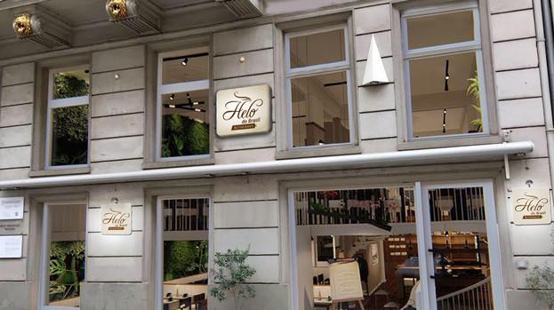 Fassade HELO Leuchkasten + Schilder FOTO