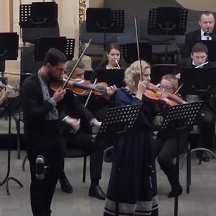 Highlight of 'Ukrainian Fantasy', Composer: Alla Sirenko, Solo violin: Igor Muravyov, Solo alto: Roxana Kalynets, Conductor: Bohdan Dashak, with The Lviv Philharmonic Orchestra
