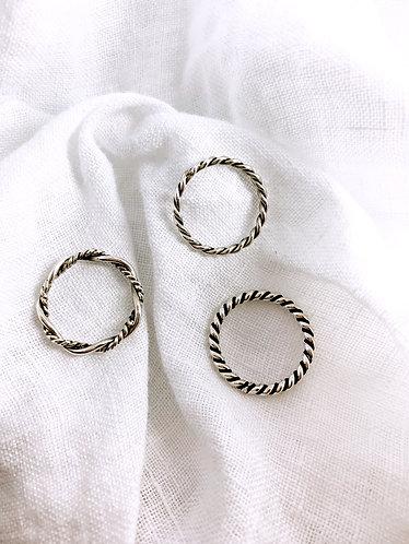 Twist Rings