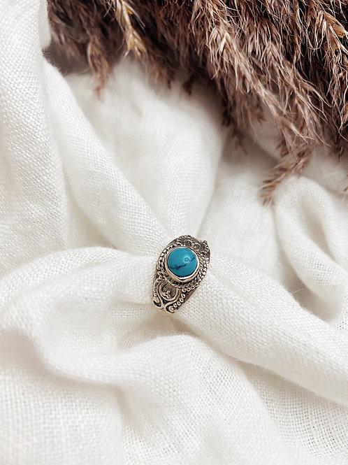 Pierdae ll Blue Ring