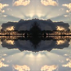 Cloud rising water'