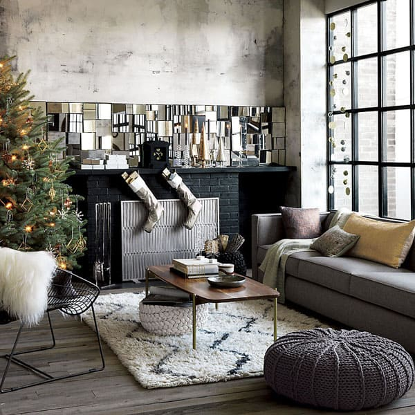 Modern-Christmas-Decorated-Living-Rooms-
