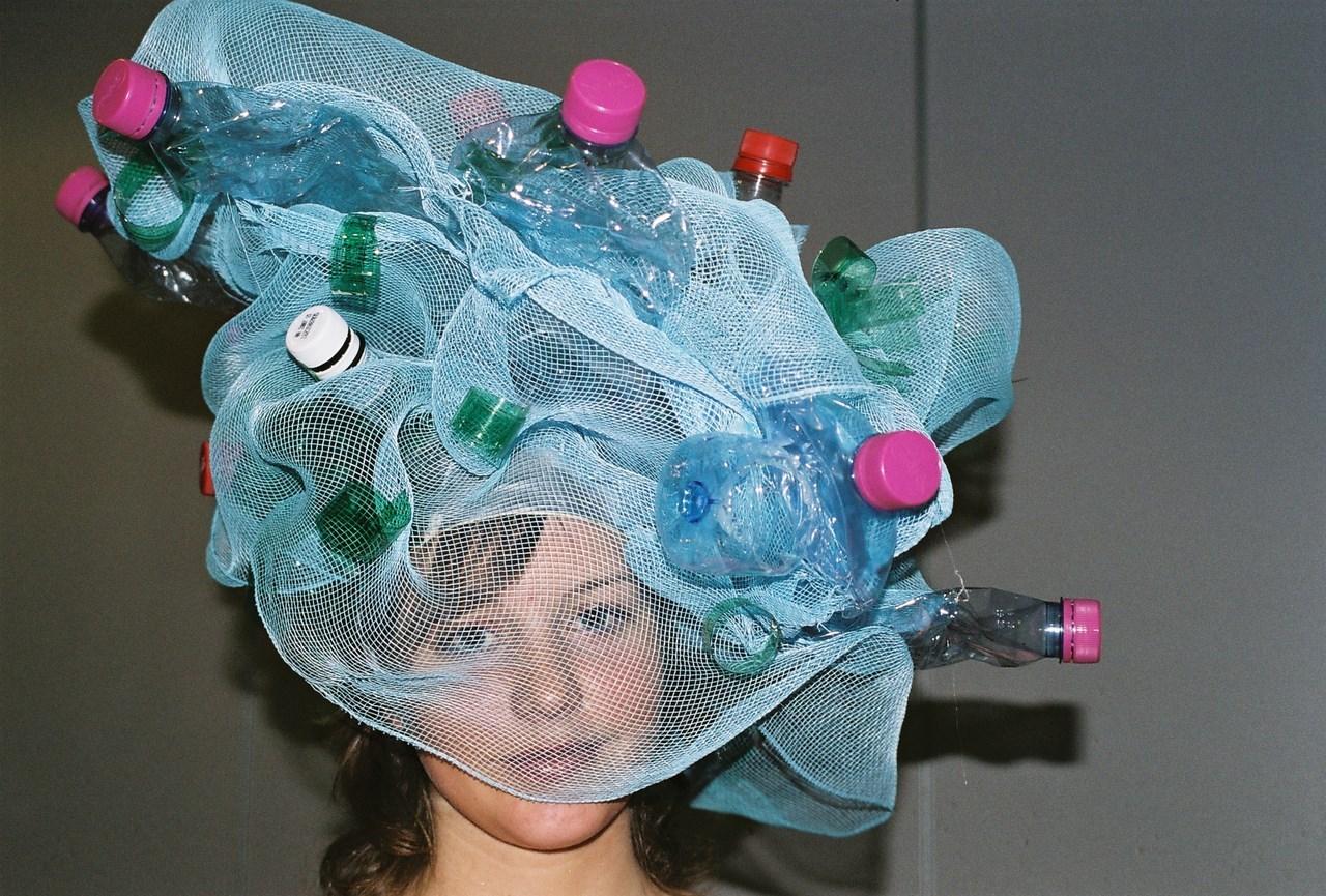 faiseurs_de_rêves_Annecy__Atelier_création_expo_défilé_chapeaux_rigolos_(10)