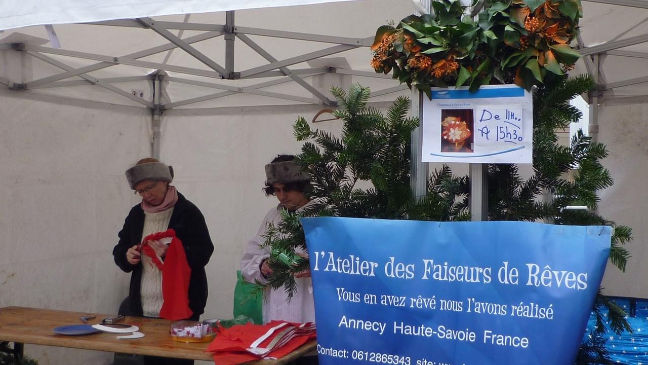 faiseurs_de_rêves_Annecy__Atelier_création_expo_défilé_chapeaux_rigolos_(7)