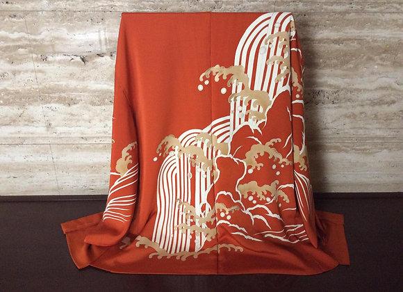 錆朱に滝と波頭 絵羽織