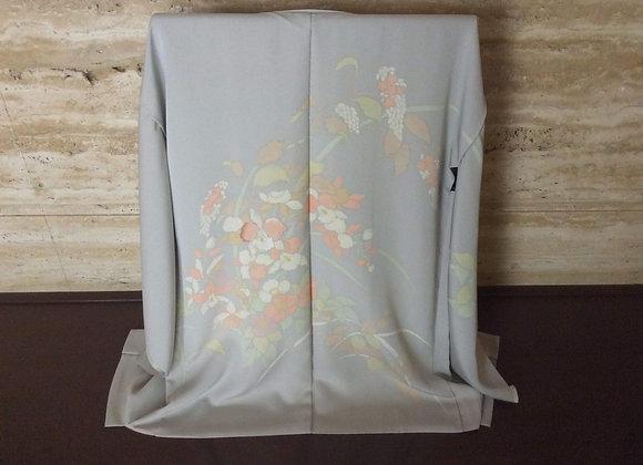パールグレー地に刺繡蘭 絵羽織