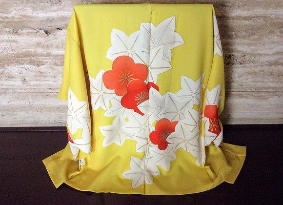 黄色地に白楓 絵羽織