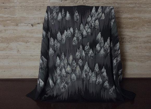 白杉木立 黒絵羽織