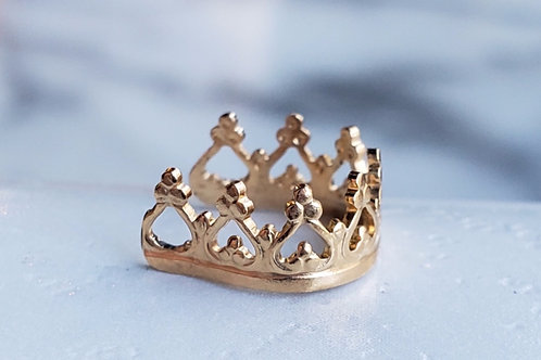 Interstellar Gold Crown Cuff