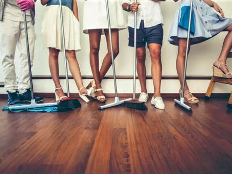 Как израильтяне моют пол