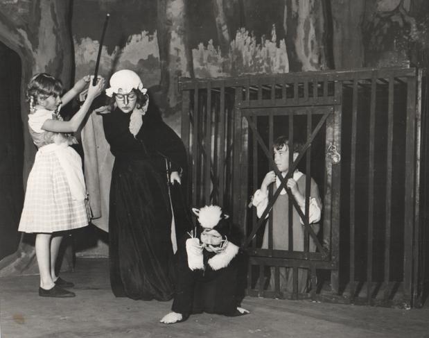 Hensel & Gretel 1968.png