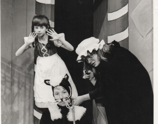Hansel & Gretel 1968 4.png