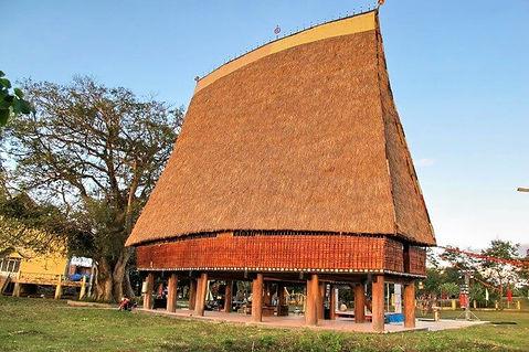Kon Tum traditional house