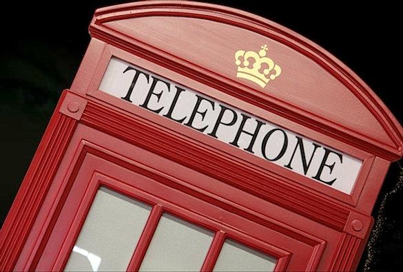 Cabina telefonica inglese armadio for Mobili design riproduzioni