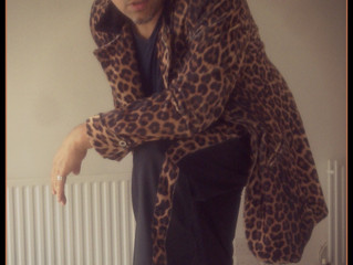 Leopard Suit Spotted at Gigs
