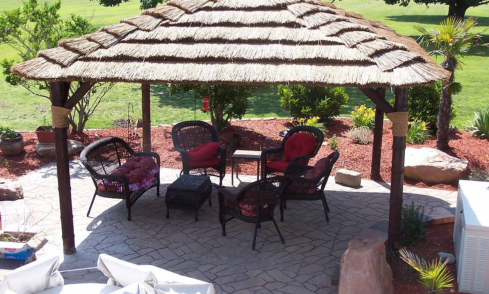 CUSTOM SIZES AFRICAN THATCH SQUARE HUTS
