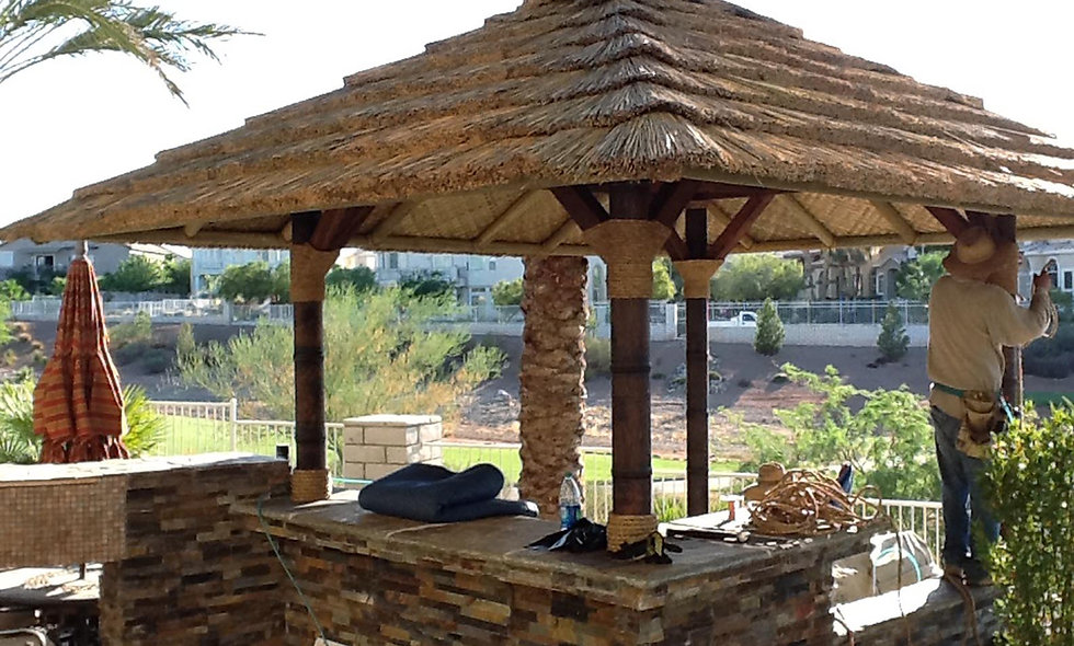 12' AFRICAN THATCH SQUARE HUT