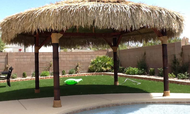 CUSTOM SIZES BAJA THATCH ROUND HUTS