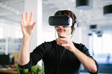 Latest learning technologies - man wth vr headset