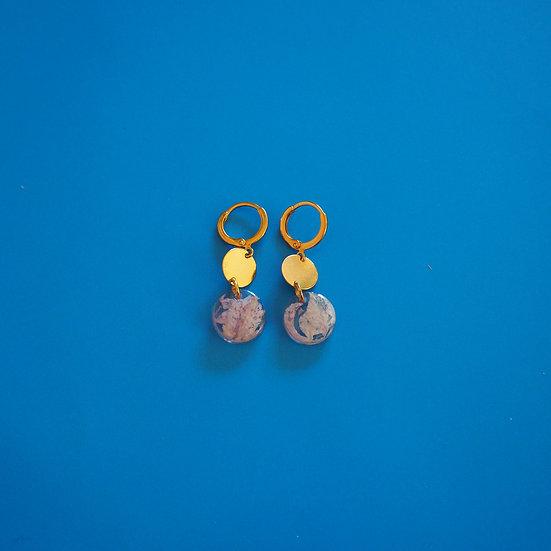 BRIGITTE - Boucles d'oreilles fleurs roses résine