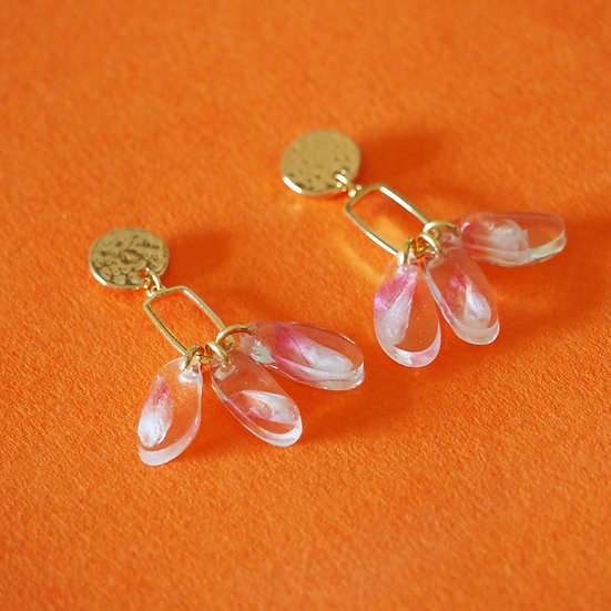 LIOU - Boucles d'oreilles fleurs corail résine