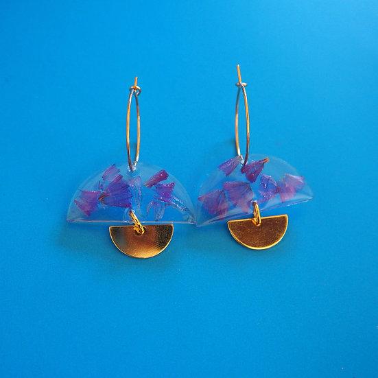 SVETLANA - Boucles d'oreilles fleurs violettes résine