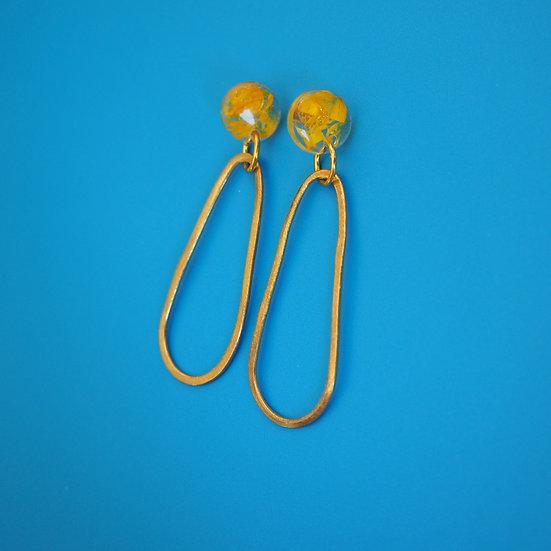 MARINA - Boucles d'oreilles fleurs jaunes résine