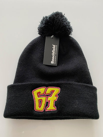 67 Beanie/bobble hat