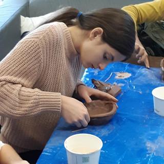 Making a soup bowl