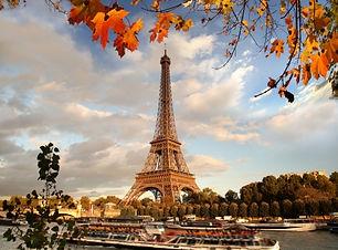 guias que falam português em PARIS.jpg