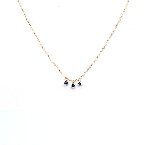 collier ras-du-cou avec 3 pendentifs en hématite
