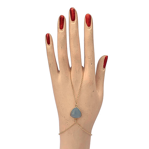 bijou de main calcédoine bleue