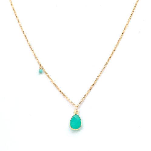 collier court chaine doublée or avec pendentif en calcédoine verte