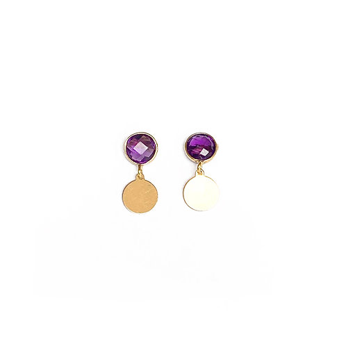 Stud earrings, gold filled with an amethyst and a gold lined pastille