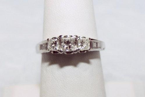 1.04cttw Diamond Ring