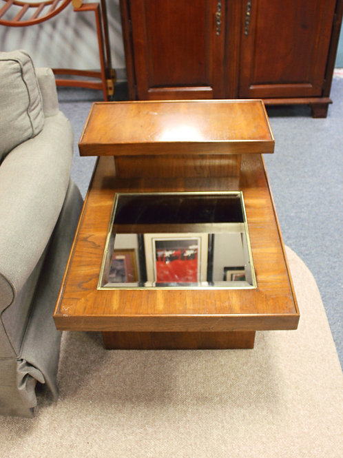 Set of 2 Mirrored End Tables