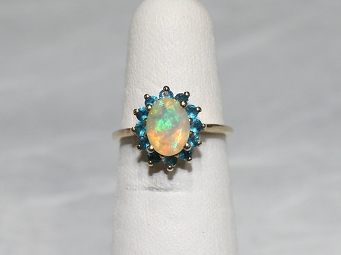 10kt Gold Opal Ring