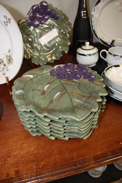 Set of 8 Grape Leaf Plates
