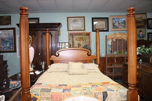 Antique 4-Post Queen Bed