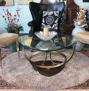 Modern-Chic Living Collection (priced separately)