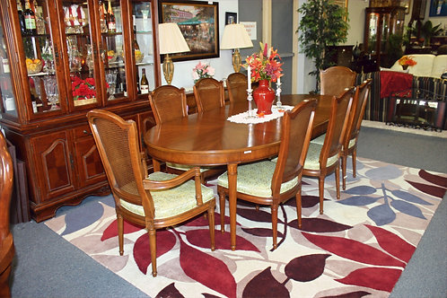 Kitchen Table & 8 Chairs
