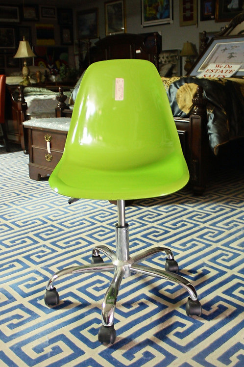 Lime Green Rolling Chair